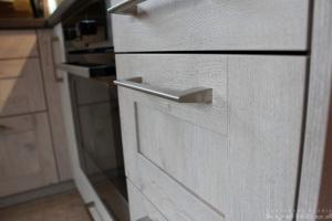 Kuchyně Ballerina - XL 3326 Hemlock-Nachbildung grauweiss (lamino - rámeček) - detail1