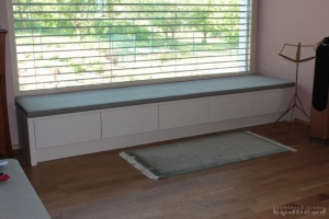 Kuchyně na míru Ballerina - XL 3735 Lak mikrostruktura, barva Sahara, pracovní deska Castell Eiche-Nachbildung