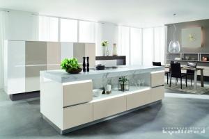Kuchyne na miru-Ballerina-XL4031, SmartGlass vysoký lesk schneeweis v kombinaci s laky ve vysokém lesku